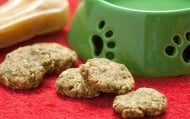 Пригответе сами домашни овесени бисквитки, полезни за кучето ви