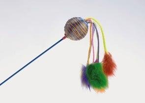 Играчка-въдица с топче и пухчета