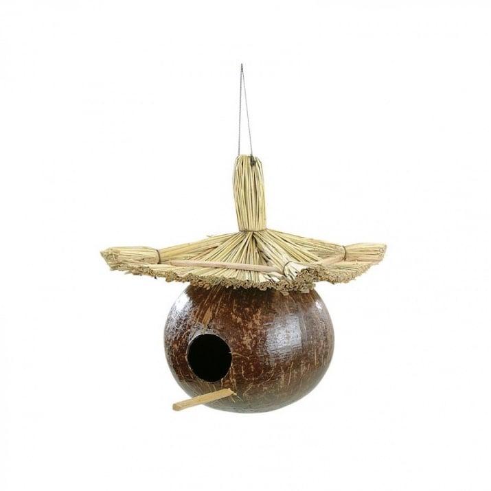 Кокосова къщичка за птици - ръчна изработка