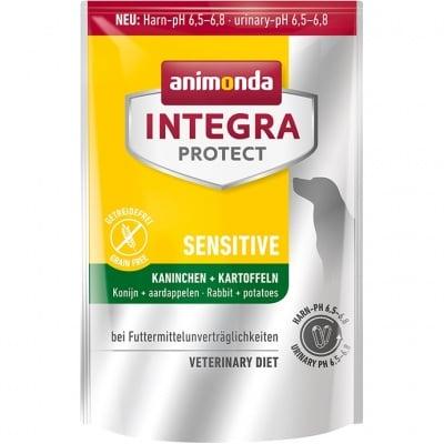 Профилактична храна за кучета  Integra Protect Sensitive, с непоносимост към храна, основните симптоми на които са анален сърбеж и диария, 0,700гр