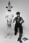 Дейвид Бауи с голямо куче