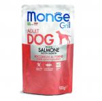 Пауч за куче MONGE GRILL Chunkies със сьомга, 12 броя х100гр