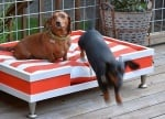 Готов ръчно изработено диванче за кучета