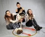 """Кампанията на златните момичета """"Подари си приятел"""" предизвика бум в осиновяването на кученца"""