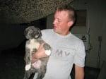 Кученце във военния лагер