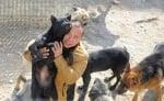 Милионер се отказа от богатството си, за да направи приют за животни