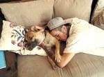 Прегръдка с куче