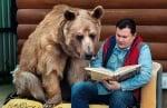 Степан чете книга