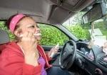 Учителка живее в колата си