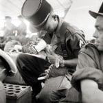 Войник храни коте
